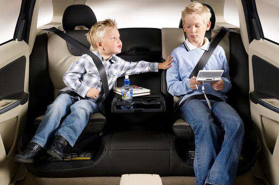 С2017 года в Российской Федерации изменяются правила транспортировки детей вавто