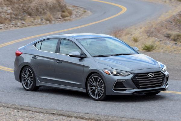 Hyundai назвала цены на новую Elantra Sport