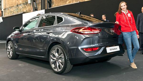 Объявлены цены «купеобразного» Hyundai i30 Fastback