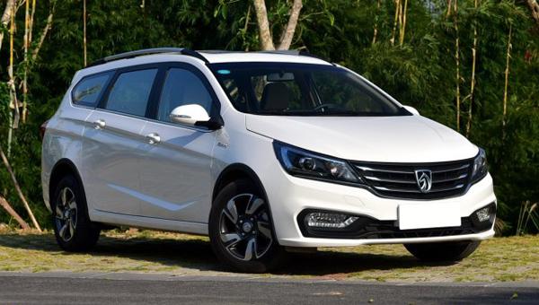 Универсал Baojun 310 Wagon получил неменее дорогую версию