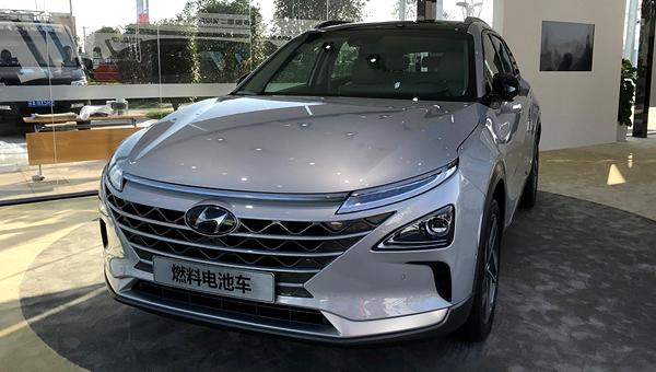 Преемник водородного кроссовера Hyundai ix35 Fuel Cell дебютирует 8 января