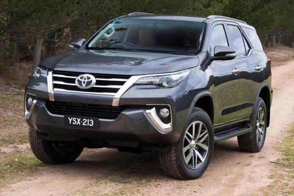 Тойота привезет в Российскую Федерацию рамный джип
