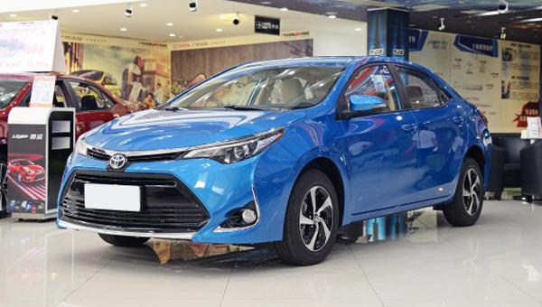 ВКитае начался предзаказ нового седана Toyota Levin