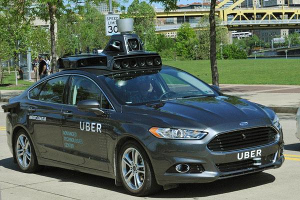 Форд планирует наладить серийный выпуск беспилотных авто