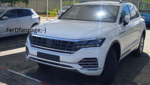 ВСеть попали фотографии  нового VW  Touareg без камуфляжной защиты