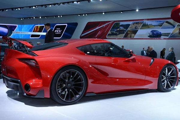 Серийный вариант Тойота Supra замечена натестах