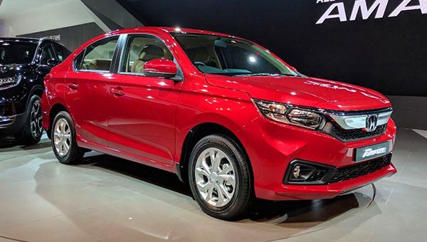 Honda выводит на рынок новый седан