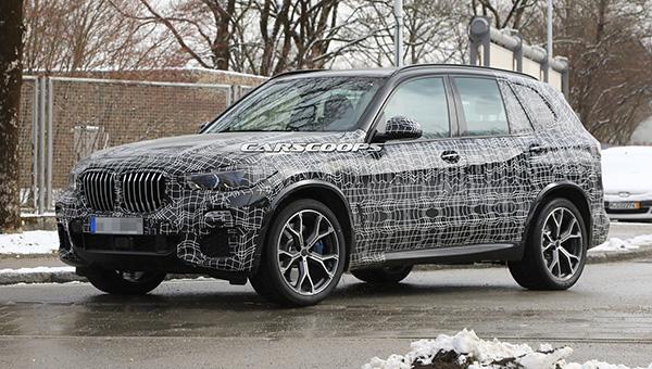 Фотошпионы запечатлели на финальных тестах кроссовер BMW X5 нового поколения