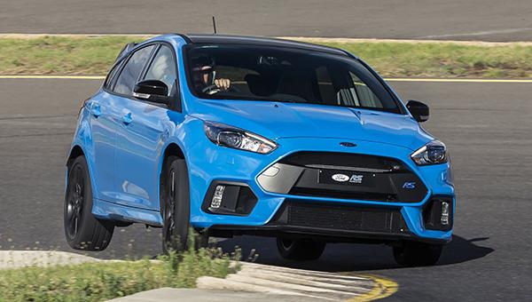 Гибридную силовую установку получит следующее поколение Ford Focus RS