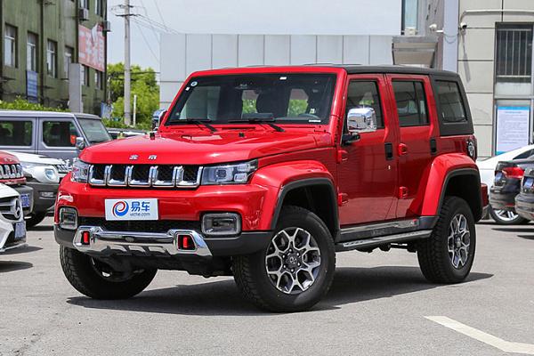 BAIC создал вседорожный автомобиль Beijing BJ40 Plus сэкстерьером Jeep Wrangler
